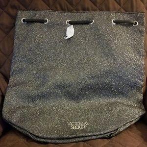Nwot Victoria Secret's sparkly backpack